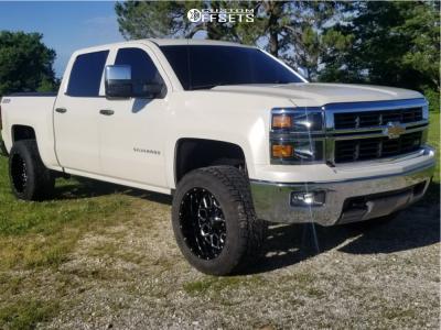 """2014 Chevrolet Silverado 1500 - 20x12 -44mm - Hardrock Gunner H705 - Suspension Lift 3.5"""" - 305/55R20"""