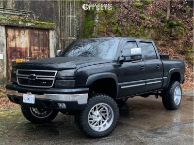 "2006 Chevrolet Silverado 1500 - 20x12 -43mm - Fuel Triton D609 - Suspension Lift 6"" - 35"" x 12.5"""