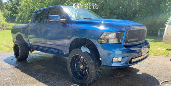 "2010 Dodge Ram 1500 - 22x12 -44mm - Steel Off-Road Sd110 - Suspension Lift 4.5"" - 35"" x 12.5"""