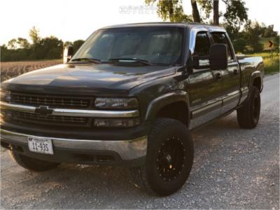 2001 Chevrolet Silverado 1500 HD - 18x9 -12mm - XD Xd820 - Stock Suspension - 285/70R18