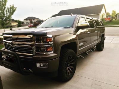 "2014 Chevrolet Silverado 1500 - 20x9 1mm - Fuel Blitz - Suspension Lift 2.5"" - 305/55R20"