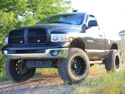 "2004 Dodge Ram 1500 - 20x12 -44mm - Hardrock Gunner - Body Lift 3"" - 37"" x 12.5"""