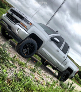 "2017 Chevrolet Silverado 1500 - 20x10 -25mm - ARKON OFF-ROAD Lincoln - Suspension Lift 2.5"" - 285/55R20"