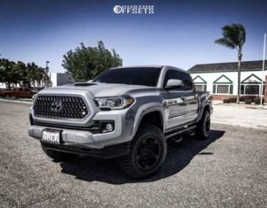 """2018 Toyota Tacoma - 17x9 -12mm - Xd Rockstar Ii - Suspension Lift 3"""" - 265/70R17"""