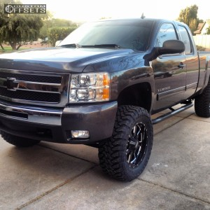 "2010 Chevrolet Silverado 1500 - 20x8.5 0mm - Moto Metal MO962 - Suspension Lift 6"" - 35"" x 10.5"""