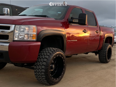 "2008 Chevrolet Silverado 1500 - 20x12 -44mm - XD Xd820 - Suspension Lift 6"" - 33"" x 12.5"""