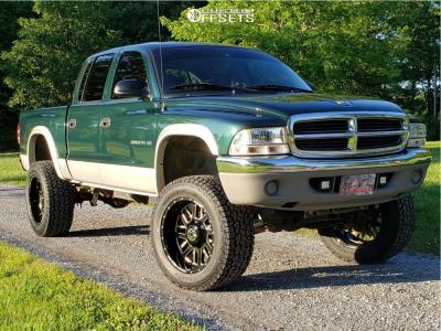 2001 Dodge Dakota - 20x10 -24mm - Anthem Off-Road Gunner - Leveling Kit & Body Lift - 305/55R20