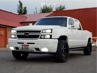 "2007 Chevrolet Silverado 2500 HD Classic - 22x10 -25mm - Hostile Alpha - Leveling Kit - 33"" x 12.5"""