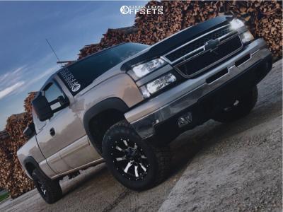 2006 Chevrolet Silverado 1500 - 17x9 -12mm - Moto Metal Mo970 - Stock Suspension - 265/65R17