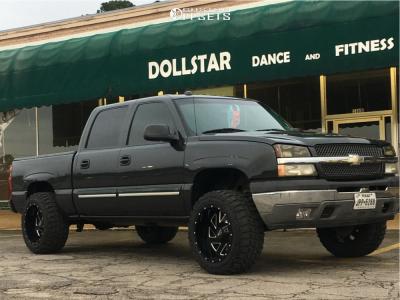 "2005 Chevrolet Silverado 1500 - 20x12 -44mm - Moto Metal Mo988 - Suspension Lift 5"" - 33"" x 12.5"""