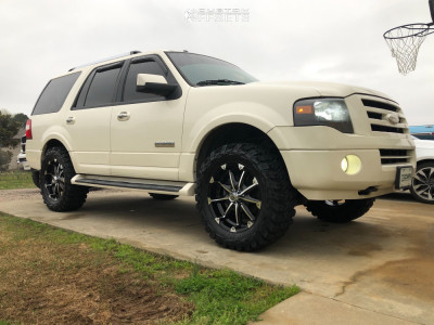 """2007 Ford Expedition - 20x9 18mm - XD Badlands - Suspension Lift 3.5"""" - 35"""" x 12.5"""""""