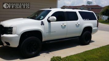 "2007 Chevrolet Suburban - 17x9 -12mm - Black Rock 997 - Suspension Lift 6"" - 33"" x 11.5"""