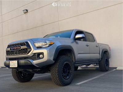 2017 Toyota Tacoma - 17x8.5 0mm - Method Nv - Leveling Kit - 275/70R17