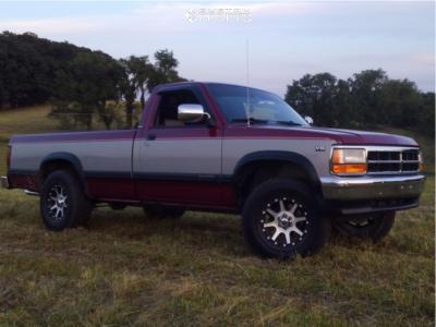 1995 Dodge Dakota - 17x9 -12mm - XD Addict - Leveling Kit - 255/65R17