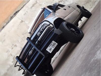 "2002 Chevrolet Silverado 1500 HD - 20x12 -24mm - Hunter Offroad Ht82 - Suspension Lift 3"" - 33"" x 12.5"""