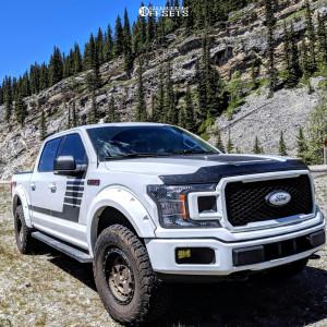 2018 Ford F-150 - 17x9 0mm - Fifteen52 Turbomac Hd - Leveling Kit - 315/70R17
