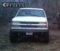 "1998 Chevrolet K1500 - 15x9.5 -12mm - Ballistic Akzent - Suspension Lift 6"" - 35"" x 12.5"""