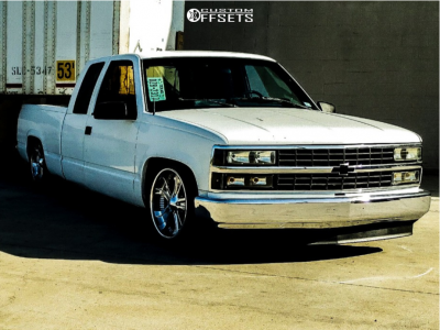 1992 Chevrolet C1500 - 20x8.5 10mm - Boss 312 - Lowered 4F / 6R - 245/45R20
