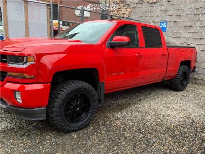 "2017 Chevrolet Silverado 1500 - 18x9 -15mm - Toxic Widow - Suspension Lift 2.5"" - 33"" x 12.5"""