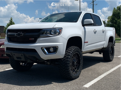 "2018 Chevrolet Colorado - 20x9 0mm - Hardrock Crusher H704 - Suspension Lift 5.5"" - 33"" x 12.5"""