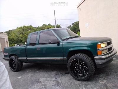 "1998 Chevrolet C1500 - 22x12 -44mm - Off Road Monster M06 - Suspension Lift 2.5"" - 33"" x 12.5"""
