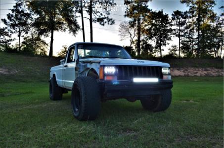 "1986 Jeep Comanche - 15x10 -44mm - Pro Comp Series 252 - Leveling Kit - 33"" x 12.5"""