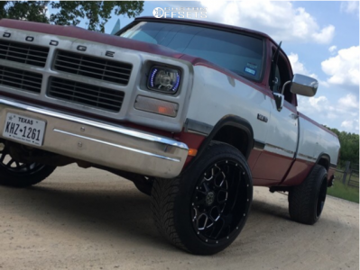 1991 Dodge D150 - 20x12 -44mm - Dwg Offroad Dw14 - Leveling Kit - 305/50R20
