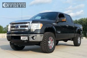 2013 Ford F-150 - 18x9 18mm - Moto Metal MO961 - Leveling Kit - 295/70R18