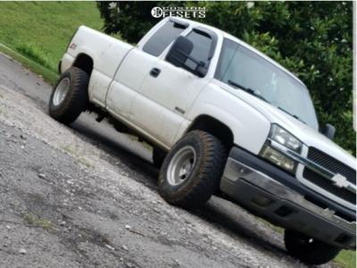 """2003 Chevrolet Silverado 1500 - 15x10 -45mm - Mickey Thompson Classic - Stock Suspension - 32"""" x 11.5"""""""