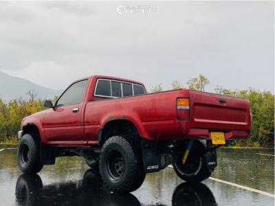 "1991 Toyota Pickup - 15x10 -44mm - Pro Comp 51 - Stock Suspension - 31"" x 10.5"""