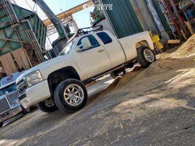 """2008 Chevrolet Silverado 1500 - 20x12 -44mm - Fuel Maverick D536 - Suspension Lift 8.5"""" - 35"""" x 12.5"""""""
