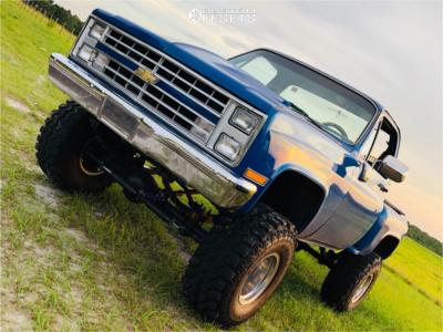 "1987 Chevrolet K10 - 15x10 -45mm - Mickey Thompson Classic Iii - Suspension Lift 8"" - 35"" x 14.5"""