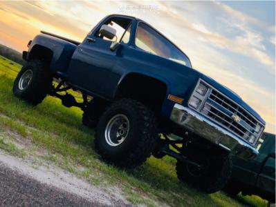 "1987 Chevrolet K10 - 15x12 -73mm - Mickey Thompson Classic Iii - Suspension Lift 8"" - 35"" x 14.5"""