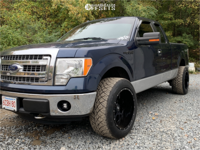 2013 Ford F-150 - 20x12 -44mm - Hardrock Gunner - Stock Suspension - 305/50R20
