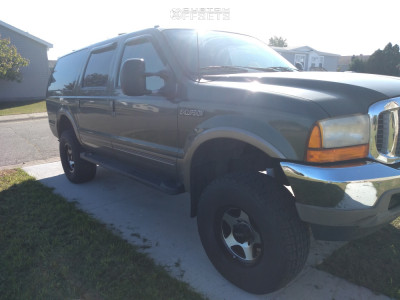 """2000 Ford Excursion - 17x9 -12mm - American Racing AR923 - Suspension Lift 3"""" - 315/70R17"""