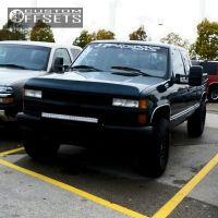 1995 Chevrolet K1500 - 16x9 -12mm - XD Addict - Leveling Kit - 285/75R16