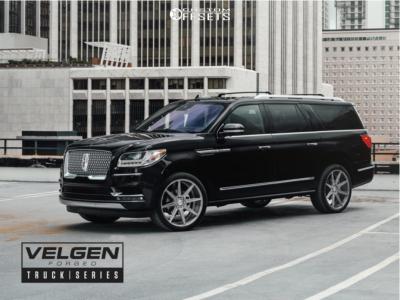 2019 Lincoln Navigator - 24x10 30mm - Velgen Vft8 - Stock Suspension - 305/35R24