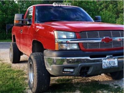 "2003 Chevrolet Silverado 1500 - 15x10 -44mm - Ultra Rogue - Body Lift 3"" - 33"" x 12.5"""