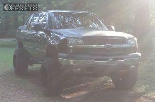 "2004 Chevrolet Avalanche - 20x14 -76mm - Fuel Hostage - Suspension Lift 6"" - 35"" x 12.5"""