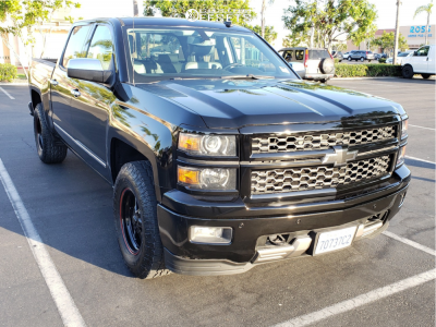 2014 Chevrolet Silverado 1500 - 17x9.5 25mm - Race Star Industries Truck Star - Air Suspension - 285/70R17