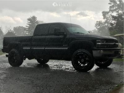 "2001 Chevrolet Silverado 1500 - 20x12 -44mm - Anthem Off-Road Equalizer - Body Lift 3"" - 33"" x 12.5"""