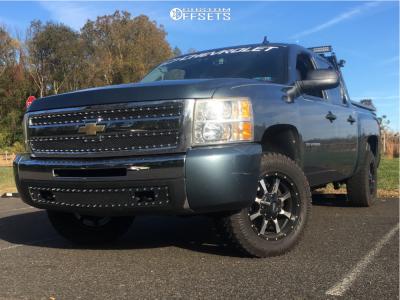 "2010 Chevrolet Silverado 1500 - 18x9 18mm - Moto Metal Mo970 - Suspension Lift 2.5"" - 285/60R18"