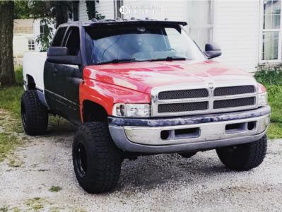 "1997 Dodge Ram 1500 - 15x14 -88mm - Bart Super Trucker - Leveling Kit - 33"" x 12.5"""