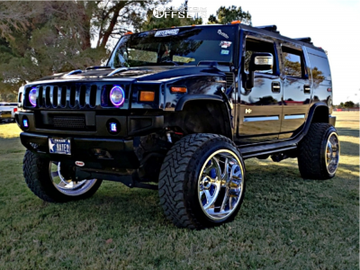 """2007 HUMMER H2 - 24x16 -101mm - Fuel Forged Ff12 - Suspension Lift 4.5"""" - 37"""" x 13.5"""""""
