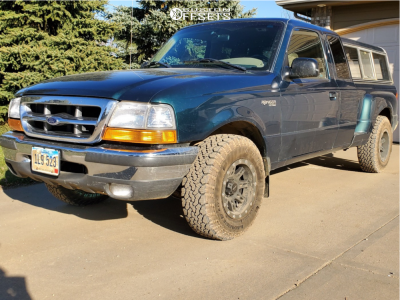 1998 Ford Ranger - 15x8 -19mm - Pro Comp Series 31 - Stock Suspension - 235/75R15