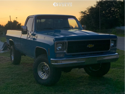 """1978 Chevrolet K20 Pickup - 17x8 0mm - American Racing Outlaw I - Suspension Lift 3"""" - 35"""" x 12.5"""""""