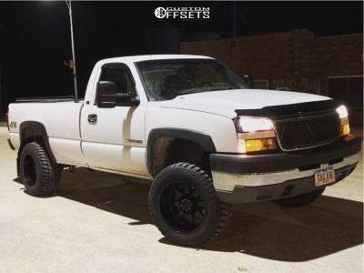 "2005 Chevrolet Silverado 2500 - 20x12 -44mm - Gear Off-Road Big Block - Leveling Kit - 33"" x 12.5"""