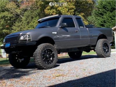 "2000 Ford Ranger - 18x12 -44mm - Moto Metal Mo962 - Suspension Lift 7.5"" - 33"" x 12.5"""