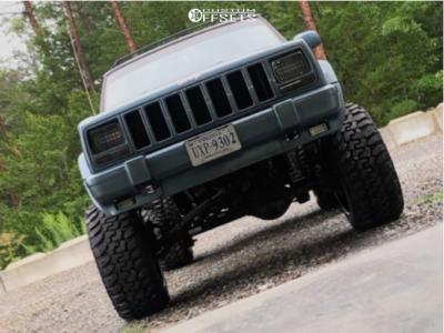 "1998 Jeep Cherokee - 20x12 -44mm - Dropstars 655v - Suspension Lift 7.5"" - 33"" x 12.5"""