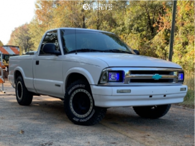 1996 Chevrolet S10 - 15x8 0mm - Pro Comp Series 29 - Leveling Kit - 215/75R15